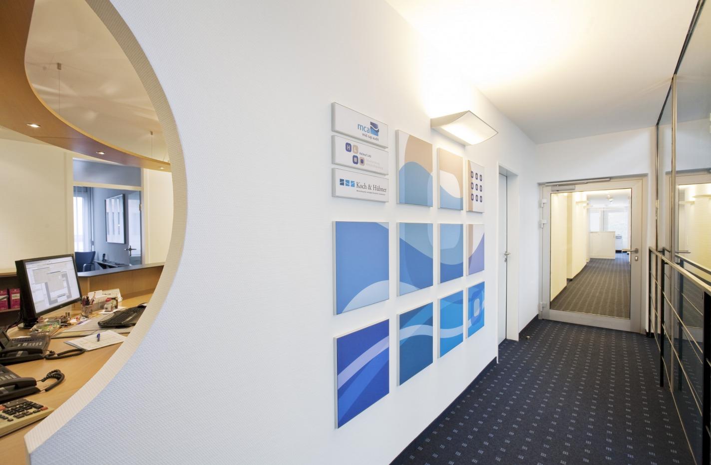 Koch Huebner Lotz Sozietaet Wand von links_MG_6313